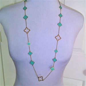 Jewelry - Clover Style Necklace in Turquoise Green